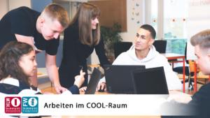 Schüler*innen beim Arbeiten im COOL-Raum