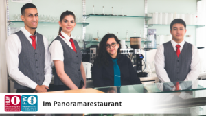 Serviceteam im Panoramarestaurant